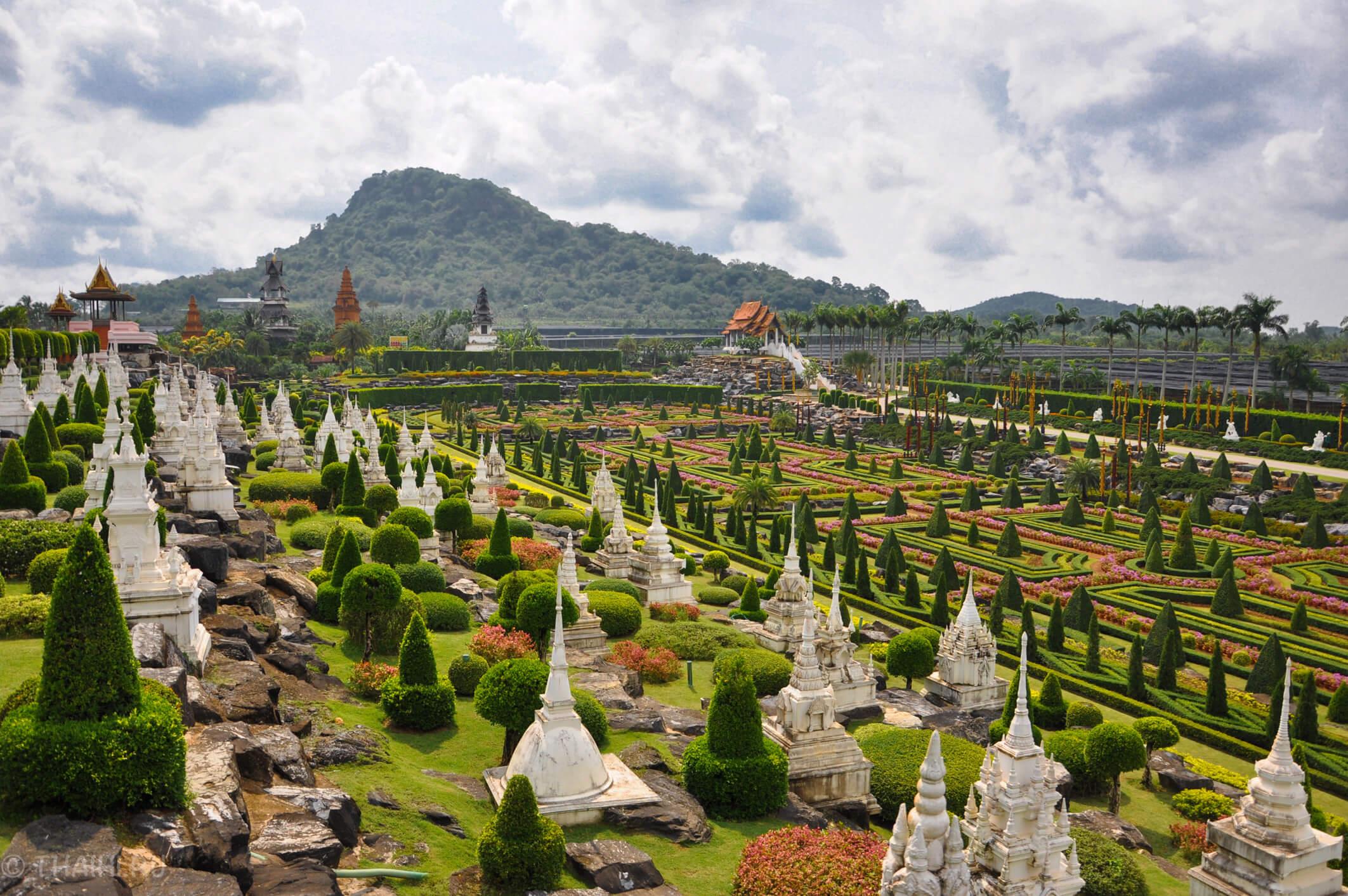Французский парк в саду Nong Nooch