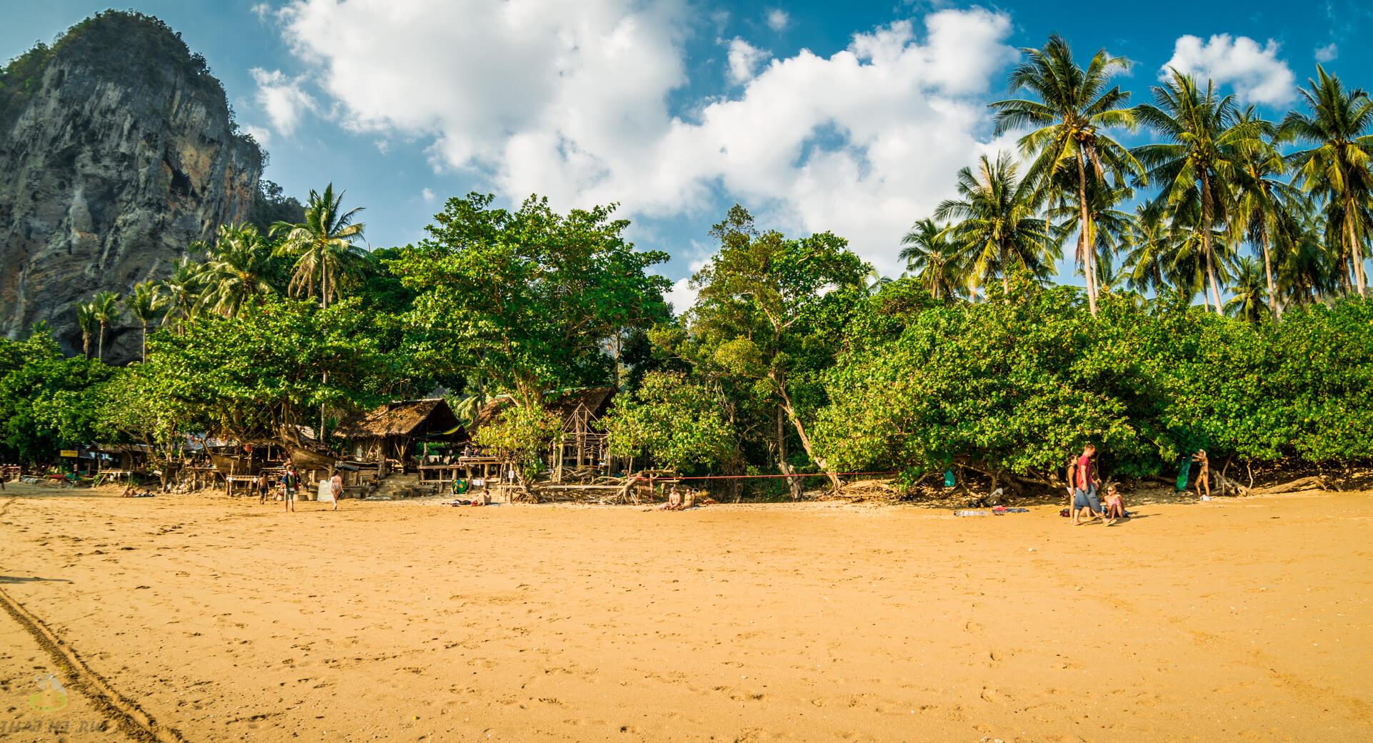 Фото на Tonsai Beach