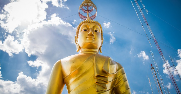 """""""Главный"""" Будда на горе"""