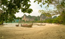 Отлив на Railay Beach West