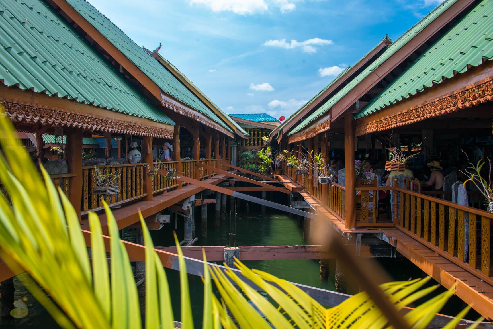 Floating Village в Тайланде, залив Пхангнга