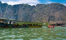 Катание на каноэ в заливе Пхангнга