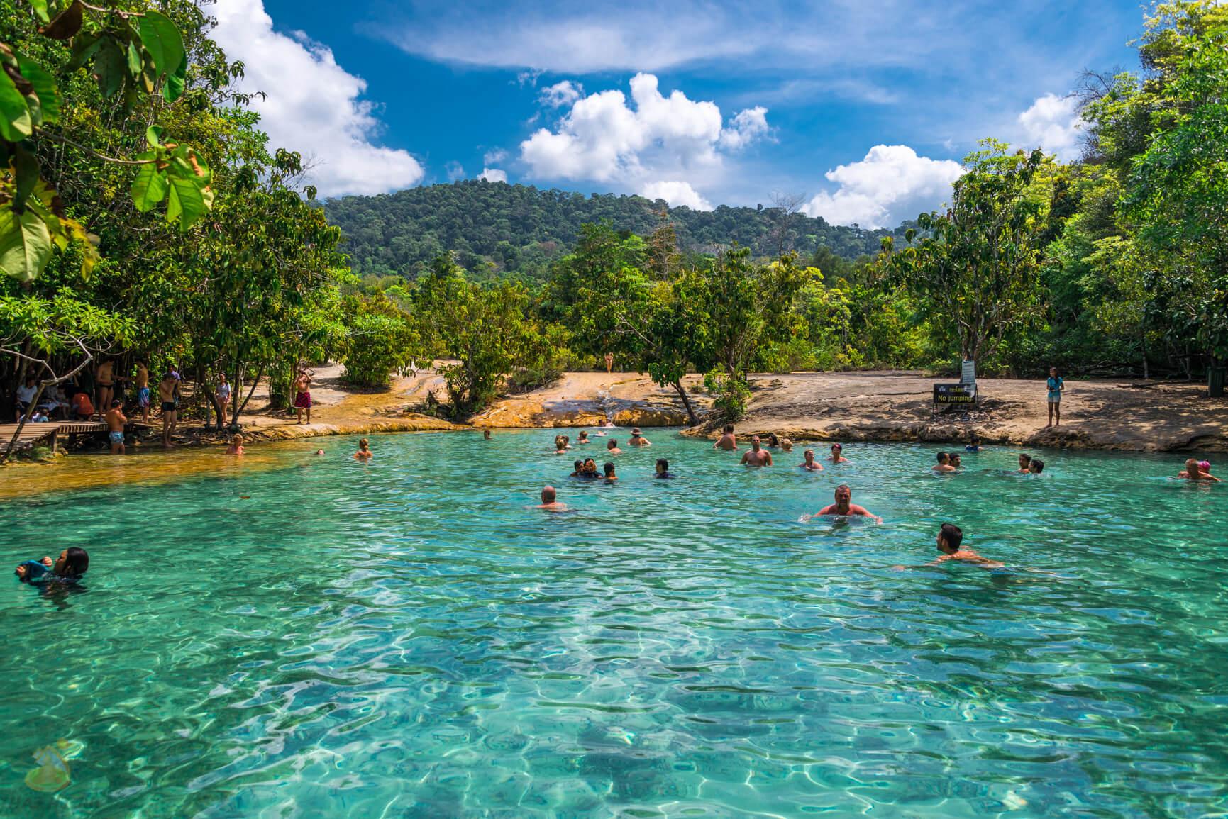 Emerald Pool - фото озера