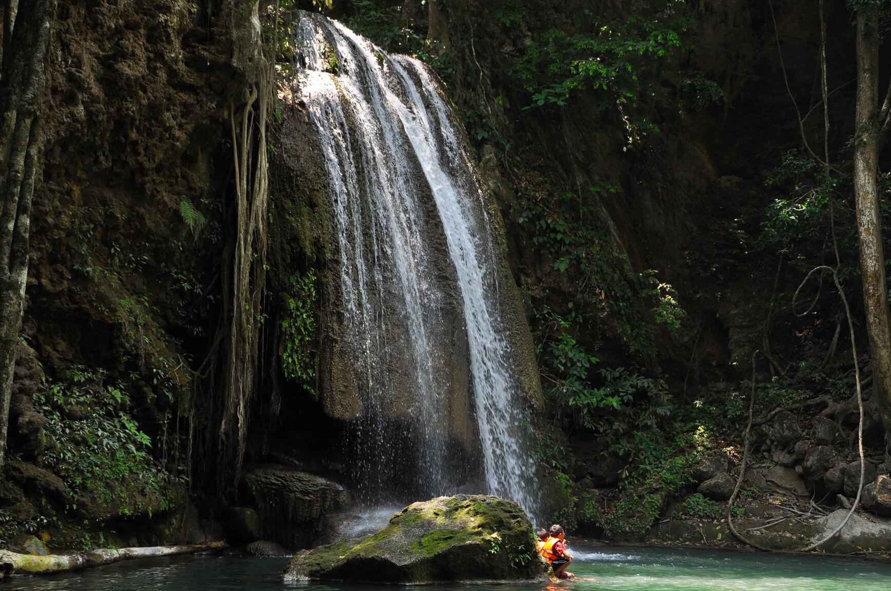 Водопад Эраван - фото