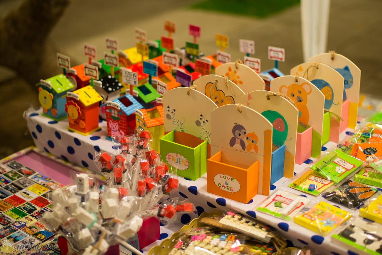 Рынок сувениров в Хуахин - Цикада