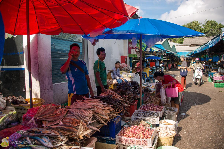 Сушеная рыба и морепродукты на рынках Пхукета