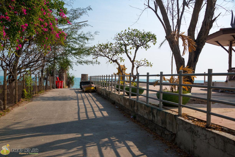 Идем на пляж в Huahin