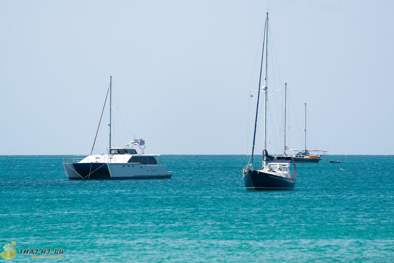 Яхты на Наи Харне