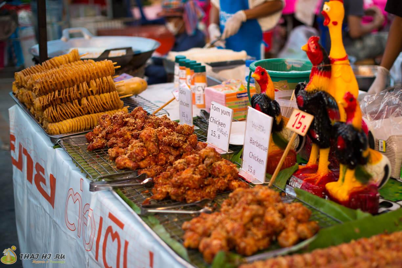 Рынок с едой на Пхукете