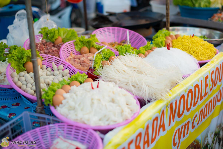 Лапша в Таиланде на Пхукете
