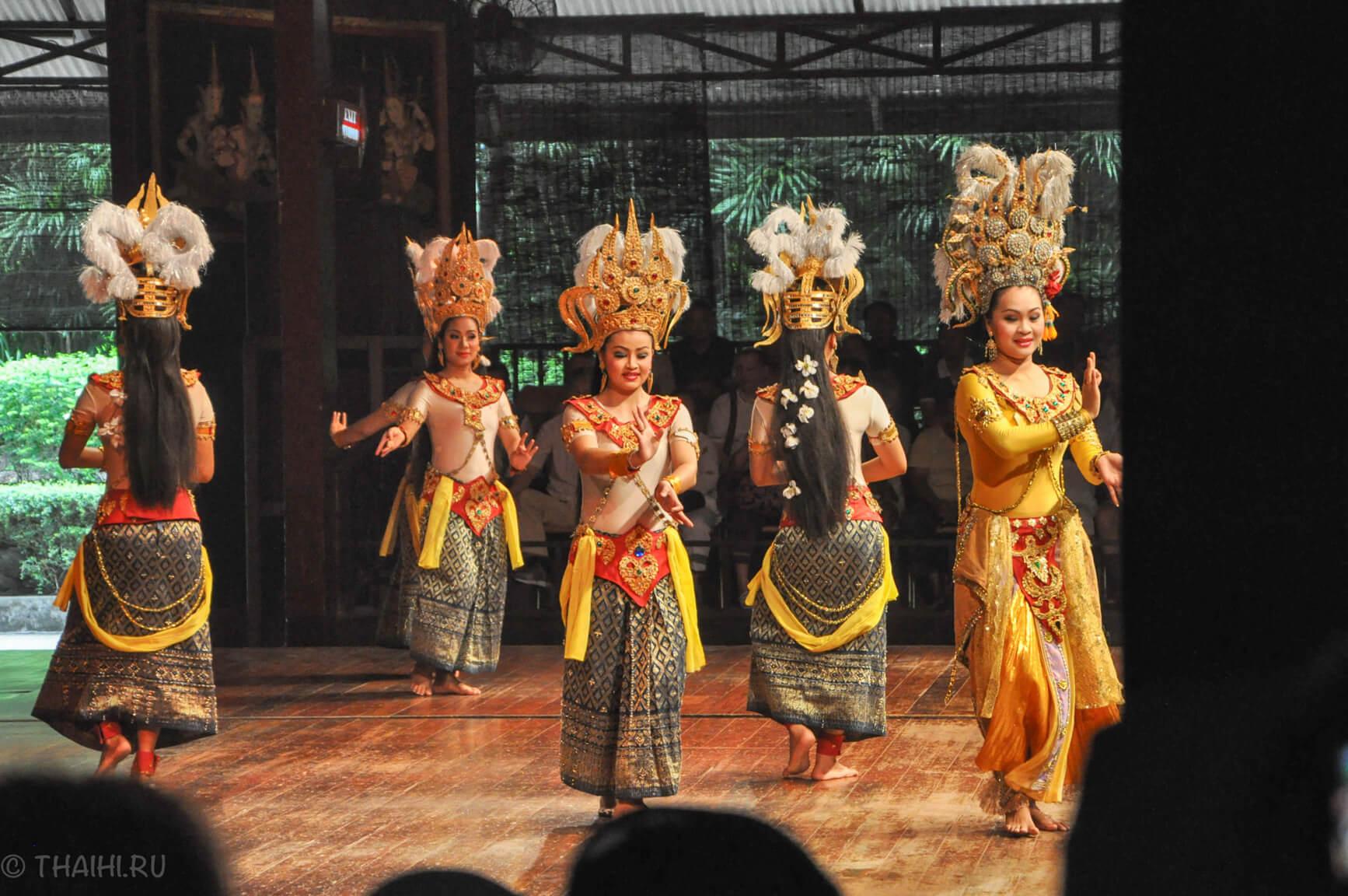 Народный фольклор - шоу в парке Nong Nooch
