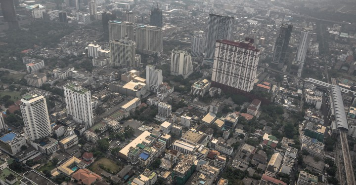 Взгляд на Бангкок с крыши башни Baiyoke