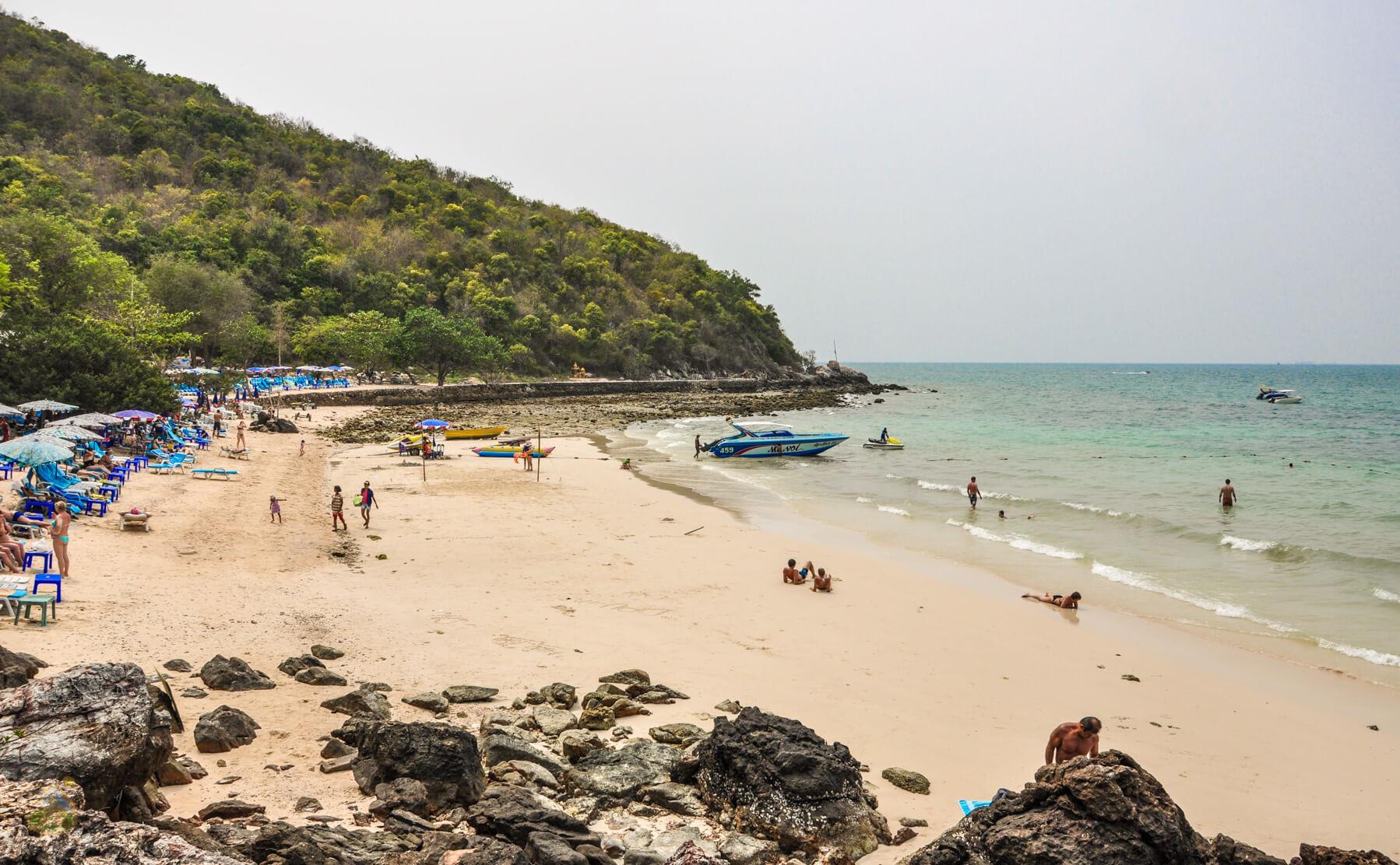 Tawaen Beach на острове Ко Лан