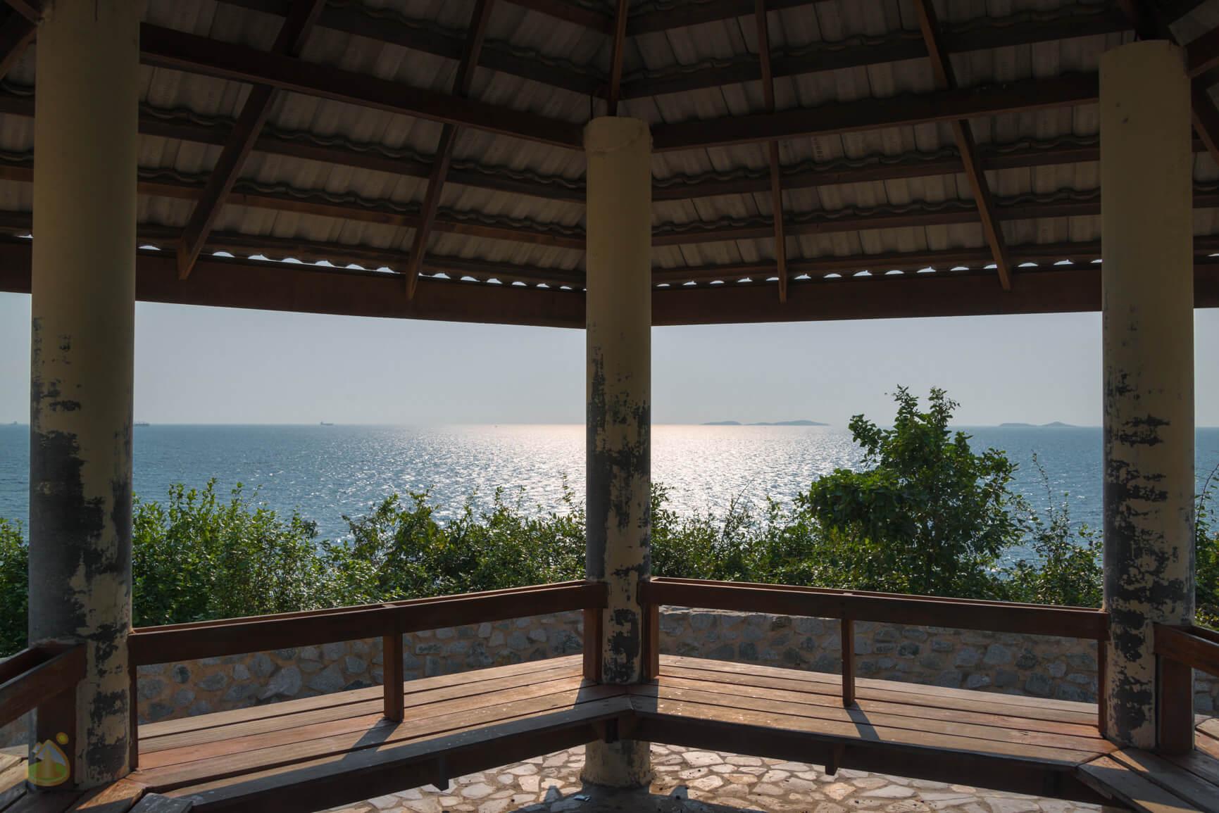 Samae Beach на острове Ко Лан