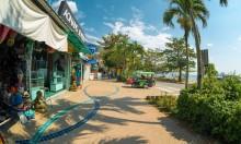 Обилие магазинов и рынок на Ао Нанг