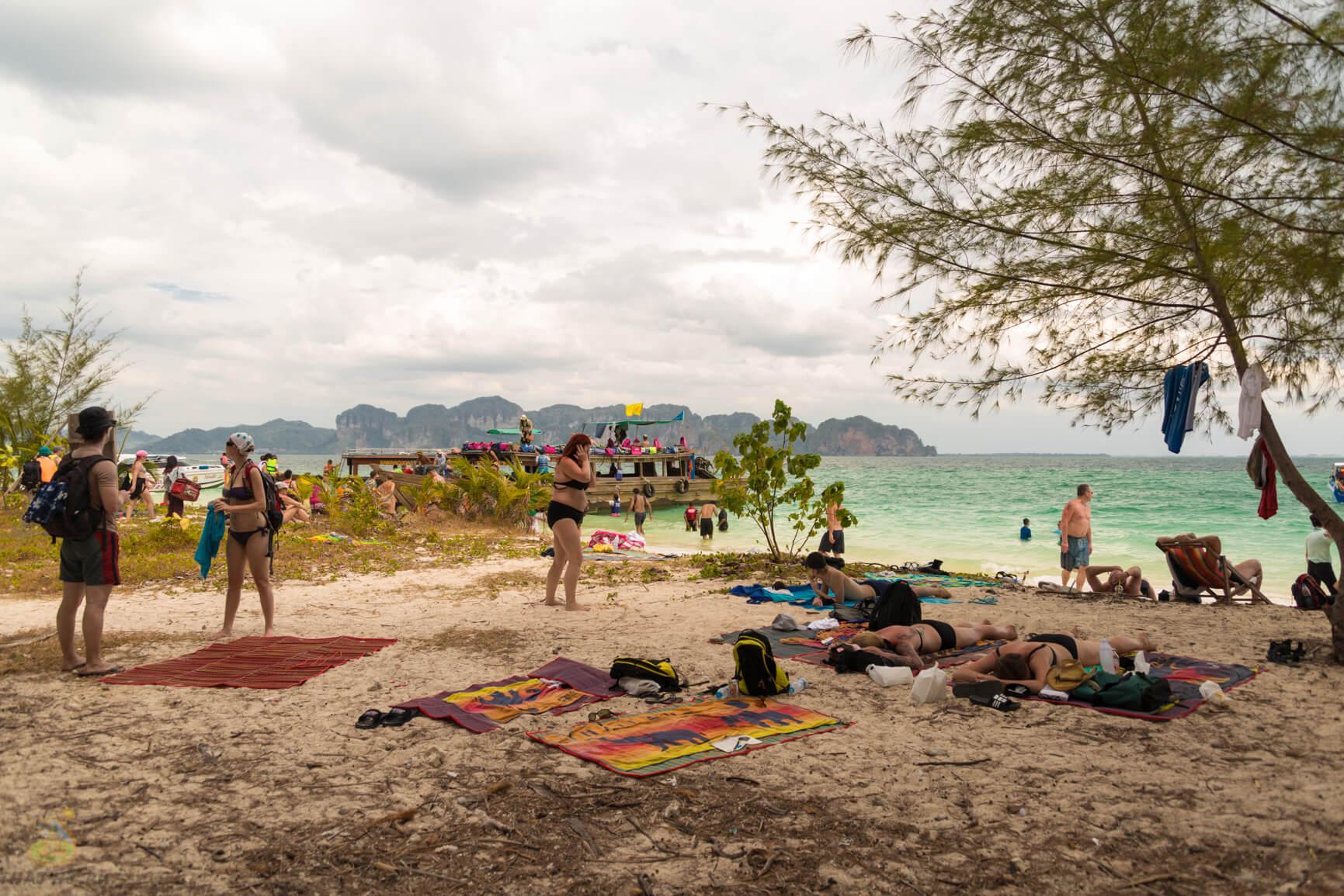 Пляж на Koh Poda