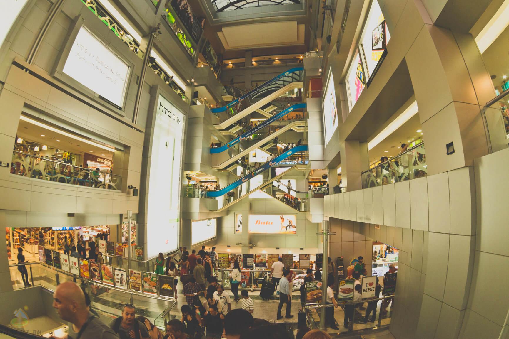 Этажи магазина MBK в Бангкоке