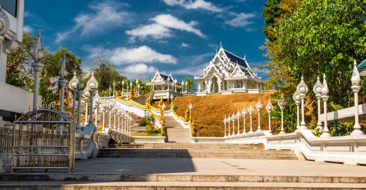 Фото Белого Храма с дороги в Краби