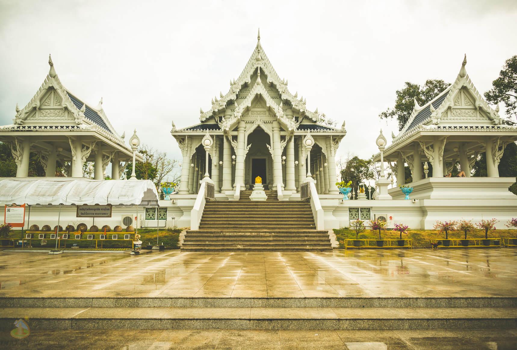 Фото Белого Храма в Краби Таун