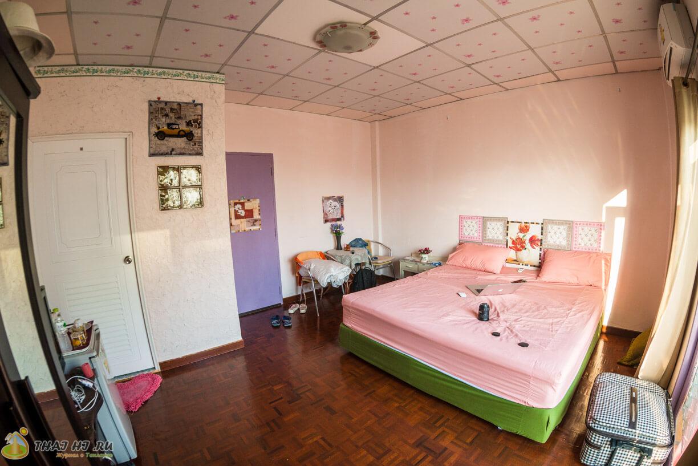 Hua Hin Tour Guesthouse - номер