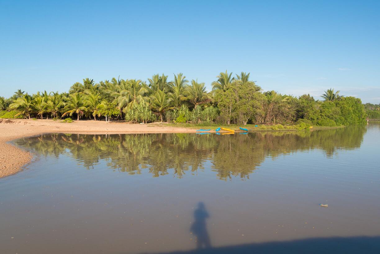 Речка в Тангалле